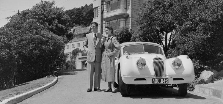Sharp suits, 1960